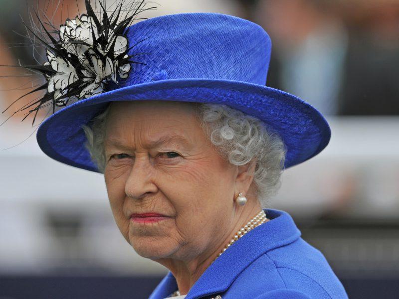Britanijos karališkoji šeima nutraukė ryšius su apatinio trikotažo bendrove