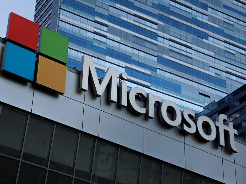 """""""Microsoft"""" perspėja dėl programišių išpuolių prieš artėjančius rinkimus ES"""