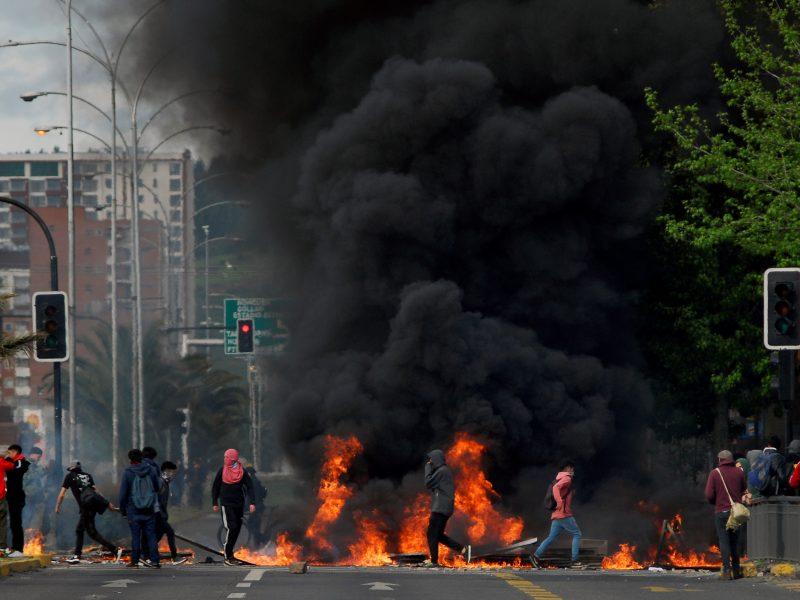 Čilę krečiantys neramumai pareikalavo 11 gyvybių