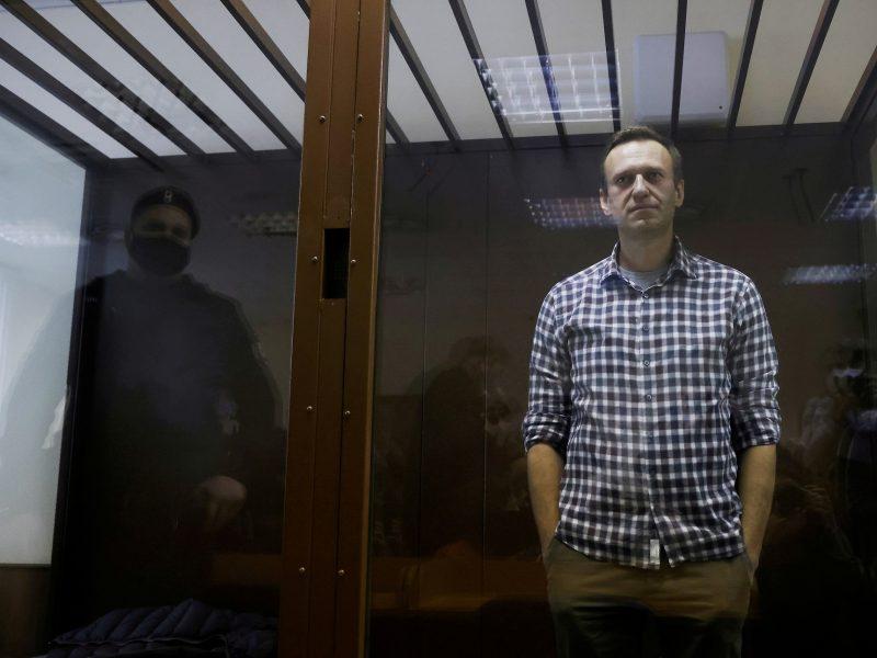 JAV ragina Rusiją tuojau pat įleisti gydytojus pas A. Navalną