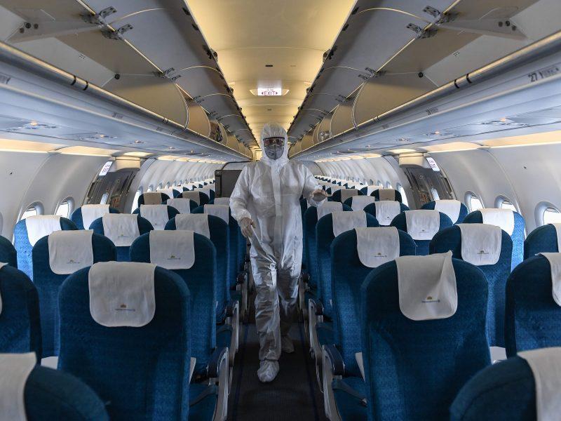 Specialus lėktuvas iš Paryžiaus į Vilnių parskraidino apie porą šimtų lietuvių
