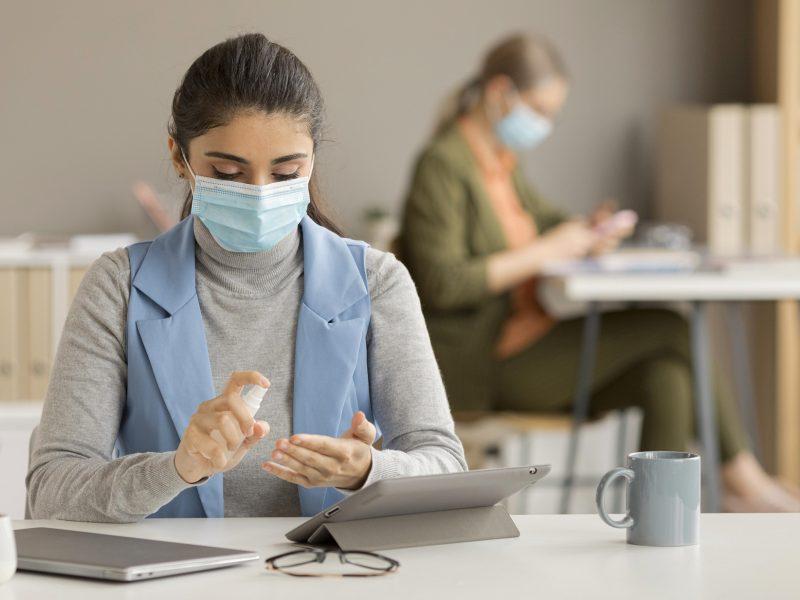 Apklausa: dėl pandemijos sumažėjo pusės Baltijos šalių smulkių ir vidutinių įmonių apyvarta