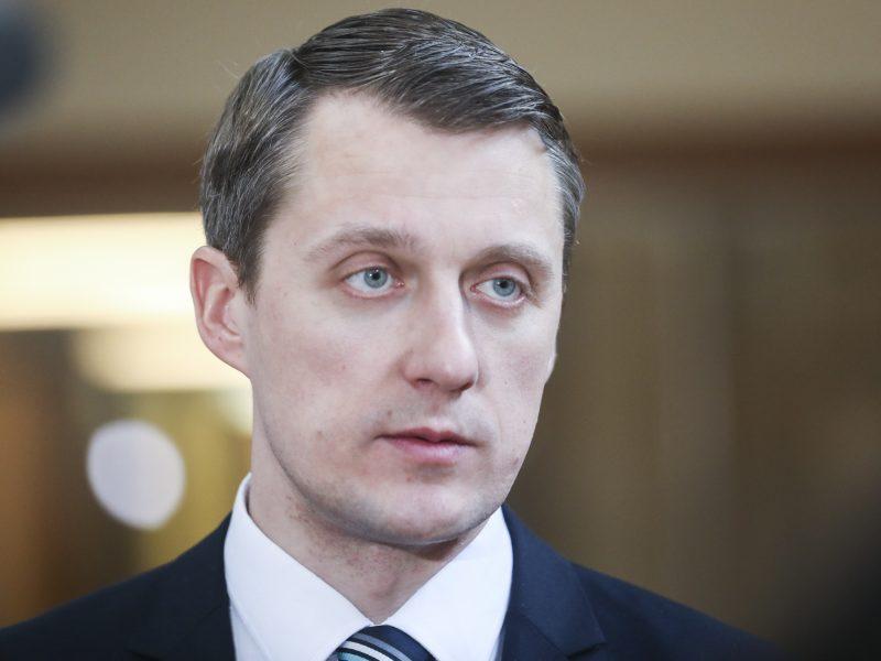 Ministras: energetikoje planuojama investuoti ne mažiau kaip milijardą eurų