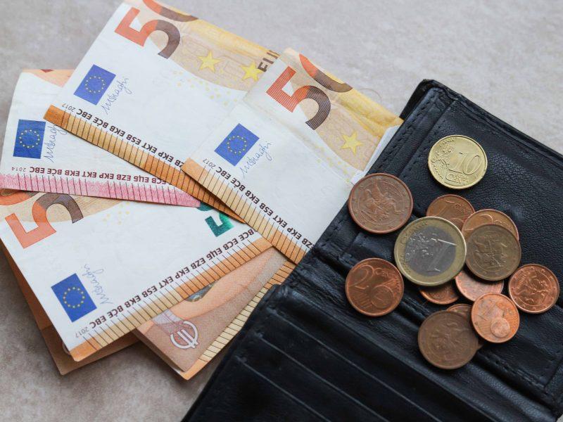 Tyrimas: juodam scenarijui finansiškai pasiruošęs tik vienas iš keturių lietuvių