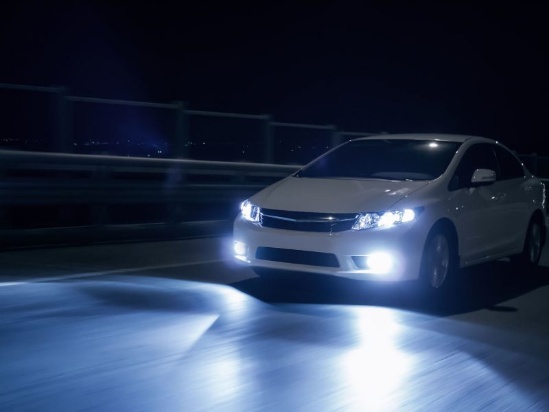 Aktualu vairuotojams: ne kiekviena lempute kelią pasišviesi