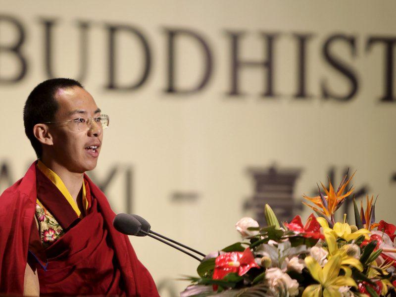 """Kinija: Dalai Lamos paskirtas Pančen Lama gyvena """"normalų gyvenimą"""""""