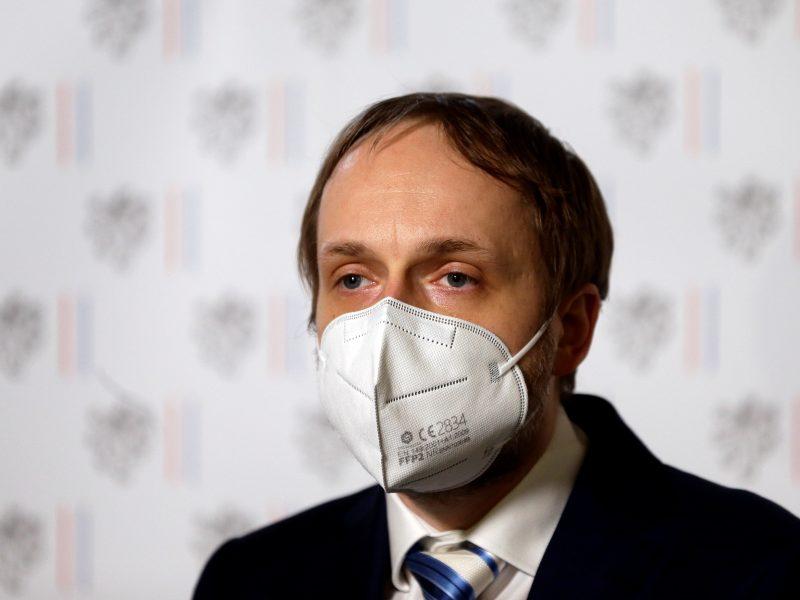 Ministras: Čekiją turi palikti 63 Rusijos ambasados darbuotojai