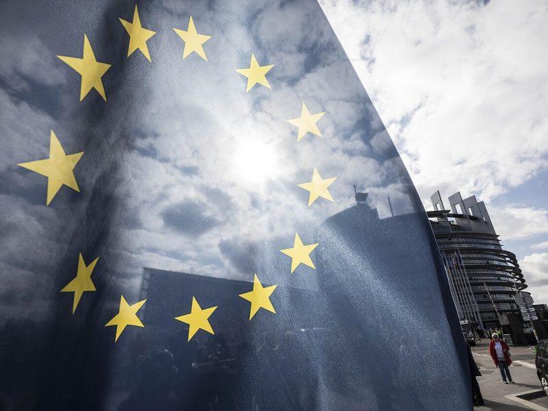 Nesutariantys ES lyderiai žengė arčiau ekonomikos gaivinimo po COVID-19 krizės plano