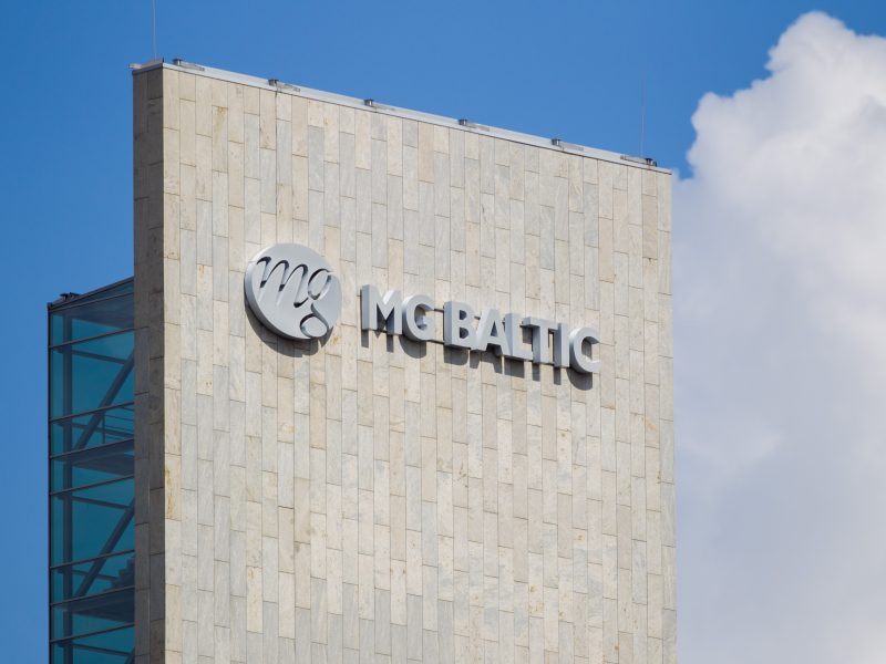 """Teismas atidėjo pirmą posėdį """"MG Baltic"""" byloje prieš valstybę"""