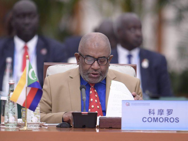 Tyrėjai: Komorų prezidentas išvengė sąmokslo jį nužudyti