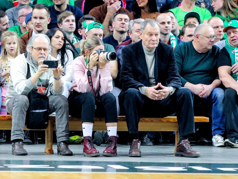 Krepšinio legendos linkėjimas: lietuviai, grįžkime stipresni