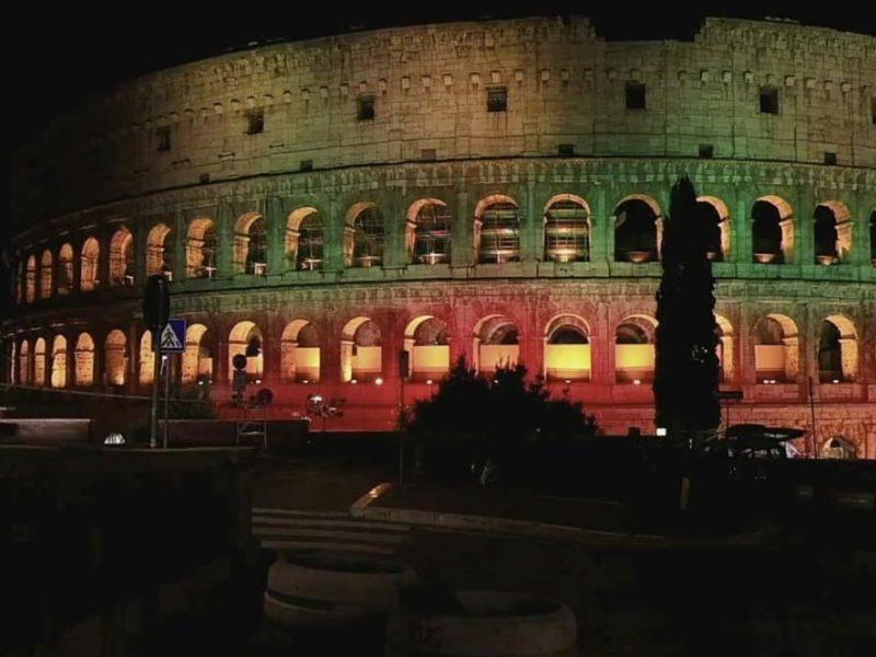 Koliziejus Romoje nušvito Lietuvos vėliavos spalvomis