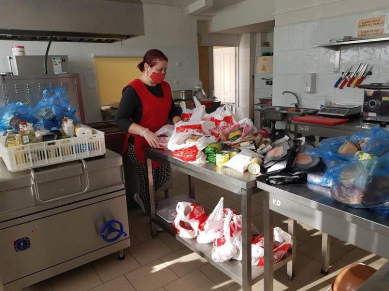 Kauno rajono senoliai ir mokiniai sulauks kalėdinių dovanų ir reikiamos pagalbos