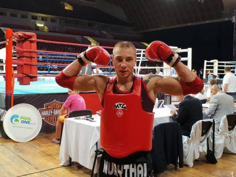 M. Narauskas užsitikrino Europos muaitai čempionato medalį
