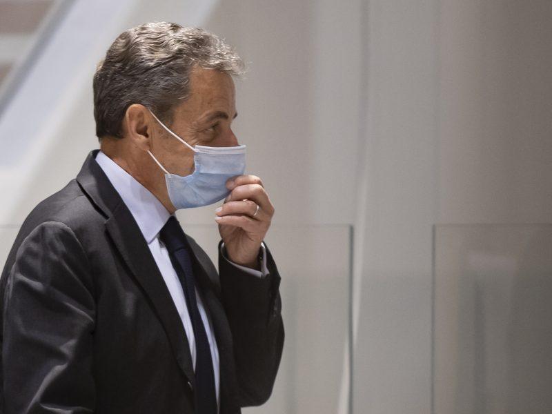 Buvęs Prancūzijos prezidentas N. Sarkozy neigia kaltinimus kyšininkavimu