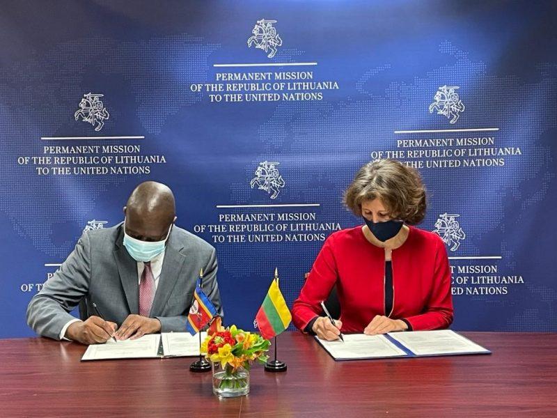 Lietuva užmezgė diplomatinius santykius su Esvatinio Karalyste