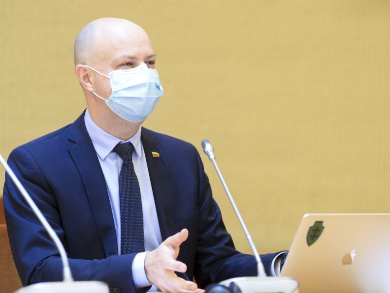 A. Veryga atkirto į konservatorių išsakytą kritiką: jie serga Alzheimeriu