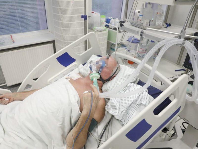COVID-19 statistika: 2002 nauji atvejai, 28 mirtys, pirmą skiepą gavo 568 žmonės