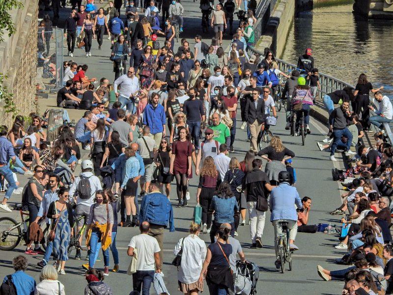 Prancūzija įvedė privalomą karantiną iš JK ir Ispanijos atvykstantiems keliautojams