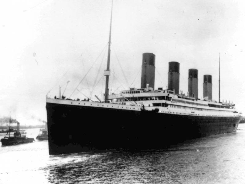 """Bendrovė užsimojo iškelti """"Titanico"""" radijo aparatą"""