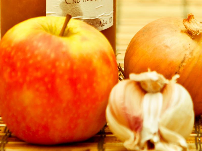 obuolių akcijų pirkimo galimybės