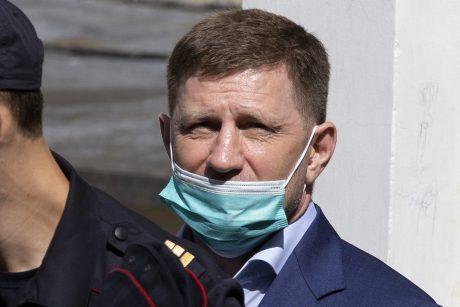 Rusijos teismas leido dviem mėnesiams suimti žmogžudystėmis įtariamą gubernatorių