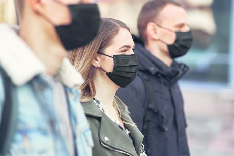 Daugiabučiuose – terpė plisti viruso židiniams