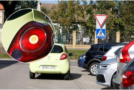Rodyti posūkio signalą gatvėse tapo nebeoru?