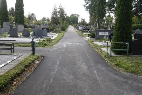 Tęsiami rekonstrukcijos darbai: Joniškės kapinėse laukia ribojimai