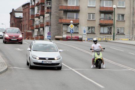 Bręsta motociklininkų antplūdis: kelių vilkai perspėja dėl padarinių