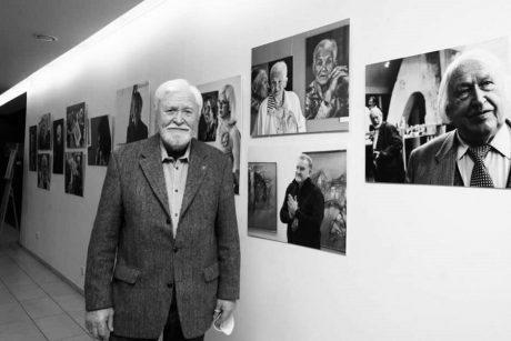 Skaudi netektis: per savo parodos atidarymą mirė fotomenininkas E. Macius