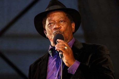 Palangoje koncertuos džiazo vokalo karalius S. Breckenridge'as