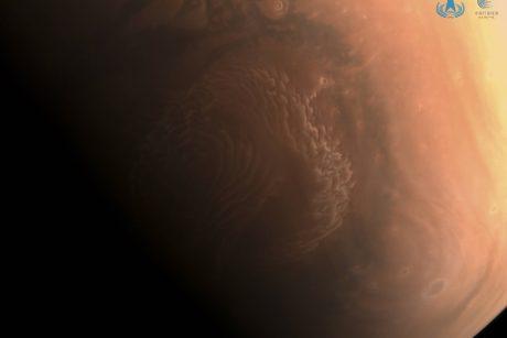 Kinija artimiausiomis dienomis mėgins ant Marso paviršiaus nutupdyti marsaeigį