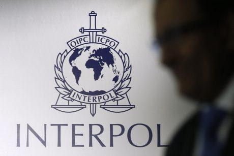 Interpolas: Kinijoje ir PAR konfiskuota tūkstančiai suklastotų vakcinos nuo COVID-19 dozių
